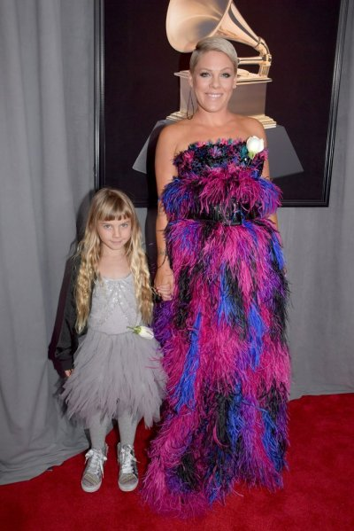 Pink-Willow-Hart-2018-Grammys