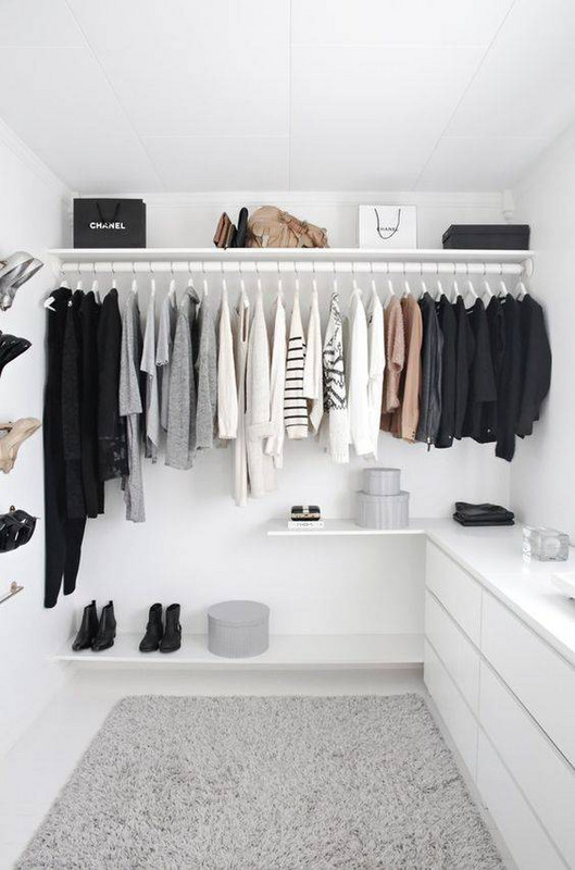 Clear The Closet Clutter